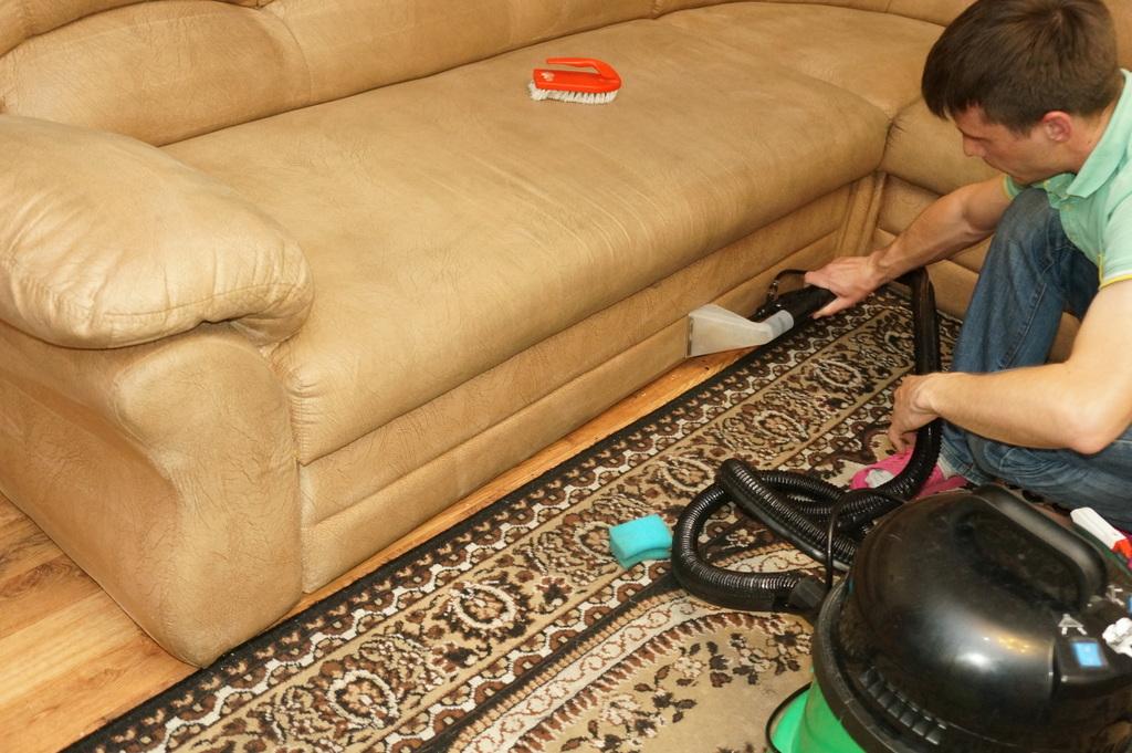 Сухая чистка для диванов в домашних условиях 468